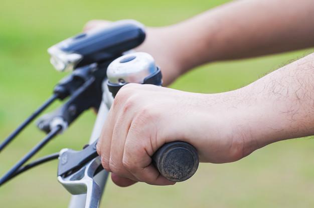 cykellygte på cykel